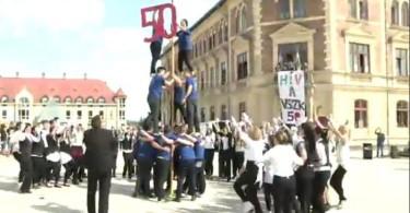Flashmobbal készültek a VSZK diákjai az 50 éves jubileumra