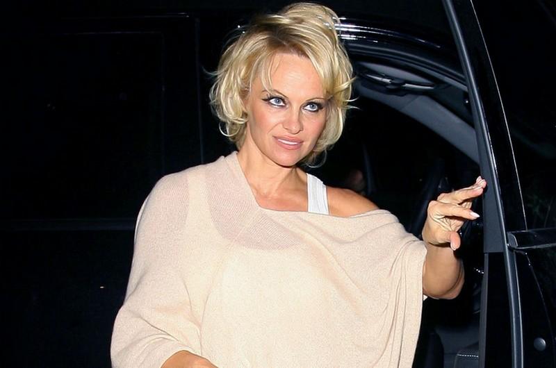 Pamela Anderson - 2015